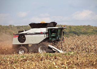 20120816-gleaner-s7-corn-harvest.jpg