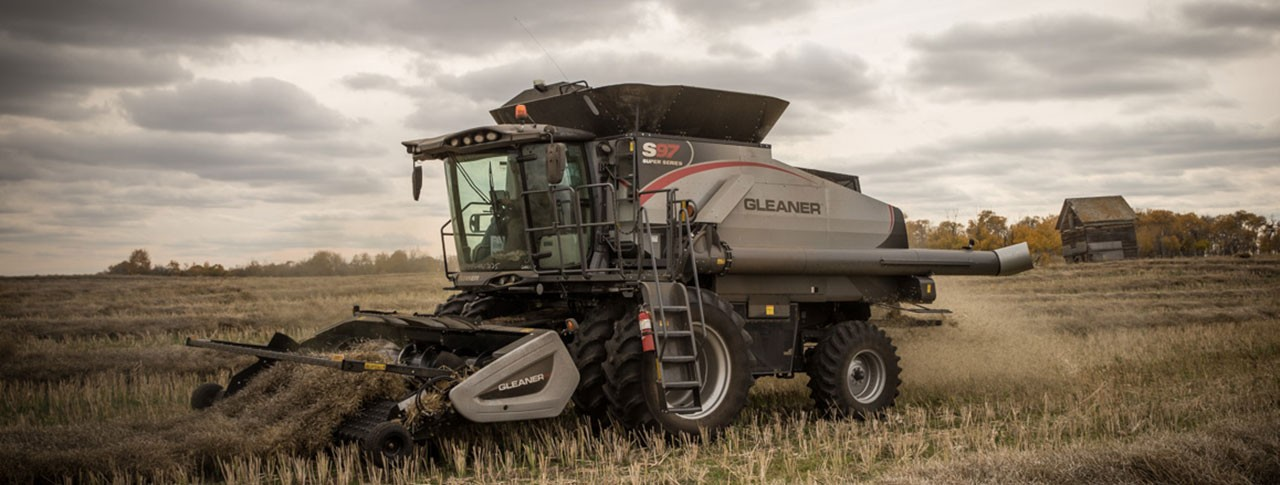 gleaner-4300-pickup-head-hero.jpg